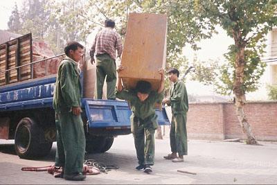 北京海淀区搬运装卸现场